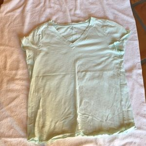 Eileen Fisher organic cotton v-neck tee, size M